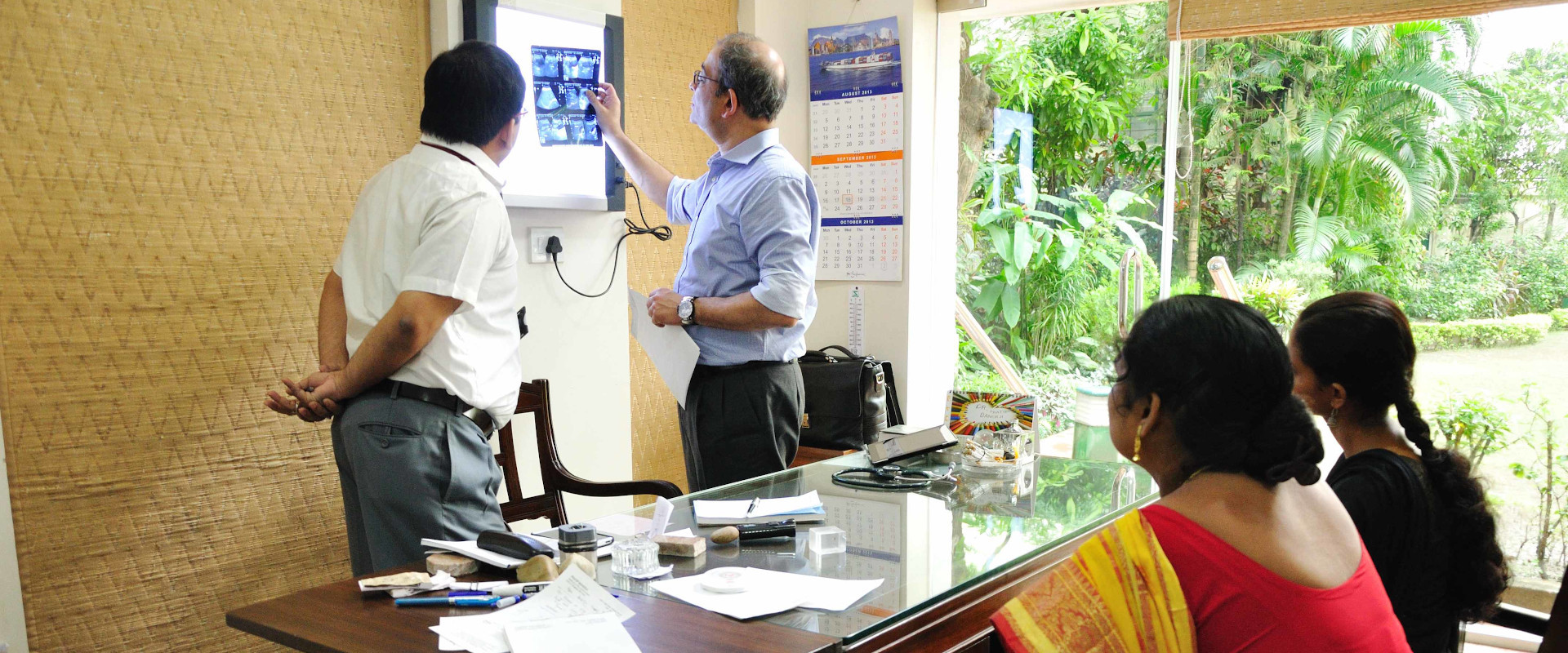 20190909-pbhrf-homepage-banner-doctor-at-chamber