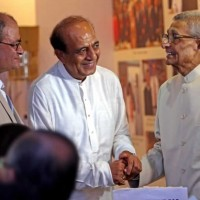The doctors with Sri Dinesh Trivedi